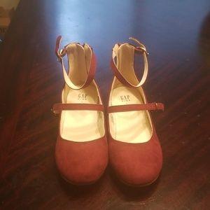 Gap kids faux suede shoes